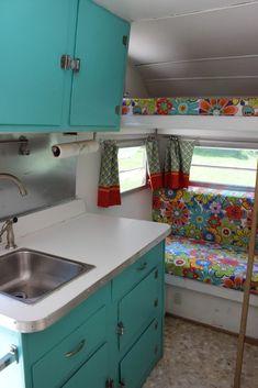 Vintage Camper Interior 38 - camperism