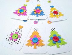 These handmade bright colorful button Christmas tree tags are what chucklesandcharms is all about. Color, color and more color! These tags are