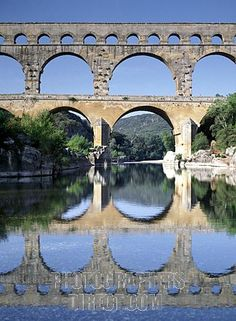 pont du gardes Places Around The World, Around The Worlds, Pont Du Gard, Picnic Spot, Dordogne, Provence France, Vacation Places, South Of France, Adventure Is Out There