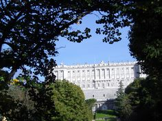 Madrid's Palace-the gardens in the back are open to the public and they're beautiful! Close To Home, 20 Years Old, Old World, Palace, Madrid, Around The Worlds, Public, Gardens, Adventure