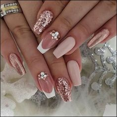 89 Bestes Design für Hochzeitsnägel 2019 Page 30 – Nageldesigns, You can collect images you discovered organize them, add your own ideas to your collections and share with other people. Cute Acrylic Nails, Cute Nails, Pretty Nails, My Nails, Dark Nails, Best Nails, Nail Art With Glitter, Glitter Wedding Nails, Nail Designs With Glitter