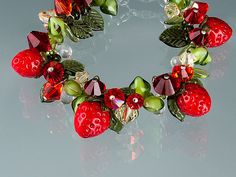 Strawberry Bracelet beaded bracelet w glass by GlassBerries