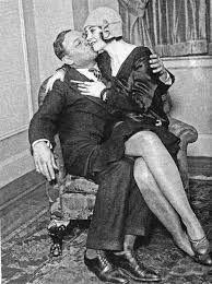 Znalezione obrazy dla zapytania flapper