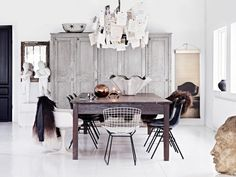 The art of modern living - Beautiful rustic monochrome dining area.  ©Photography Sara Svenningrud ©Styling Marie Olsson Nylander