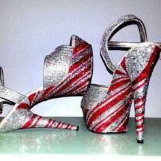 cute xmas pleaser shoes