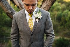 5 Gorgeous Looks for Spring Grooms