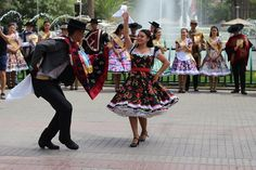 Chilenos Cueca Chilean traditional costumes Chile, Traditional, Outfits, Peace, Historia, Costura, Blue Prints, Jacket, Tall Clothing