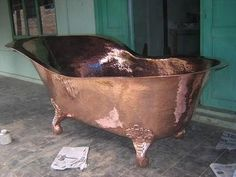 A definate yes for the vintage cowgirl bathroom.if i can stand to part with the clawfoot. Copper Tub, Copper Bathroom, Copper Roof, Outdoor Tub, Copper Crafts, Antique Restoration, Dream Bath, Modern Farmhouse Bathroom, Interior Exterior