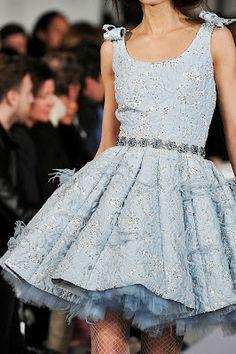 Oscar de la Renta Periwinkle lace dress #SephoraColorWash