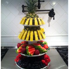 Fancy food displays  by  russlong.com Catering Food Displays, Catering Ideas, Summer Picnic, Food Presentation, Dessert Table, Soul Food, Watermelon, Fancy Recipes, Buffet
