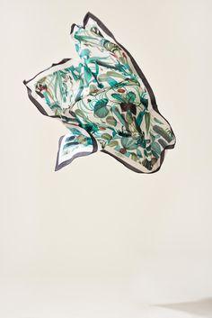 The Cuba Jungle Scarf is a nice elegant scarf. The beatuiful Cuba inpired print will make the most boring piece of garment look stunning. Cotton, Silk Size 125 cm x 125 cm Swedish Fashion, Jungle Print, Cuba, Fashion Brand, Casual, Cotton, Silk, Elegant, Night