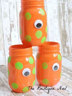 This listing includes: -1 pint size monster mason jar The jar measures 5 1/2 inches tall, (16 oz.) The jars have been prepped,painted,sealed,and