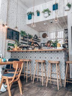Cafe Shop Design, Coffee Shop Interior Design, Coffee Bar Design, Bakery Design, Restaurant Design, Retro Kitchen Decor, Kitchen Design, Deco Cafe, Coffee Shop Aesthetic
