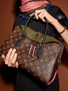 LouisVuitton / Tuileries / Tote / Shoulder / Khaki / Monogram