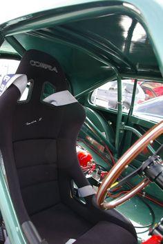 Aston Martin DB2 roll cage