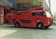 London Fire Brigade Dennis Escape