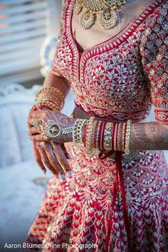 Indian bride ravishing style Call/WhatsApp for Purchase Inqury : Wedding Lehenga Designs, Wedding Lehnga, Designer Bridal Lehenga, Indian Bridal Lehenga, Indian Bridal Outfits, Indian Bridal Fashion, Indian Bridal Wear, Indian Designer Outfits, Indian Dresses