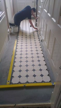 Victorian floor tiles gallery, Original Style floors, period floors Source by carolroda Victorian Tiles, Victorian Terrace, Victorian Decor, Victorian House, Hall Tiles, Tiled Hallway, Hall Flooring, House Entrance, Entrance Hall