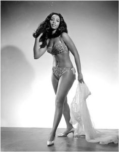 African American Burlesque performer Tootsie Roll.