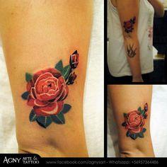 Tattoo Flor estilo sashaunisex con variacion de colores para Romy. De vivir tan lejos... Gracias por haber venido <3 #sashaunisex #tattoo #fullcolor #flower