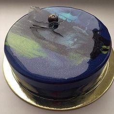Space cake / mirror glaze