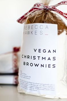 Nothing says they're special like a gift of your favorite recipe. Pack up the ingredients for homemade goodies and create your own personalized label. You can do this look yourself using Avery 5164 printable shipping labels.