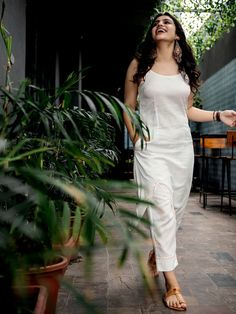 White Kantha Hand Embroidered Cotton Kurta with Pants- Set of 2 Casual Indian Fashion, Indian Fashion Dresses, Dress Indian Style, Cheap Fashion, Fashion Women, Women's Fashion, Simple Kurti Designs, Kurta Designs Women, Mode Outfits
