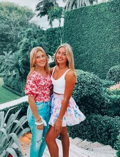 Preppy Summer Outfits, Preppy Girl, Preppy Style, Cute Outfits, Skirt Outfits, Girl Friendship, Cute Friend Pictures, Teenage Girl Outfits, Bikini Workout