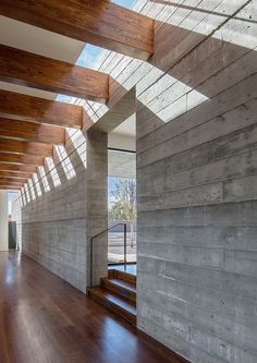 Sundial House is a concrete Santa Fe home completed in 2017 by American studio Specht Architects. This ridgetop house in Santa Fe is . Architecture Design, Concrete Architecture, Concrete Houses, Concrete Wood, Board Formed Concrete, Concrete Cladding, Concrete Interiors, Mexico House, Brutalist