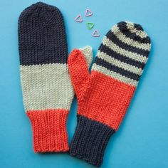 Miss Match Mittens PDF Knitting Pattern — Ewe Ewe Yarns Great beginner mitts! This knitting pattern uses 3 colors of Wooly Worsted yarn. Record of Knitting Yarn spinning, weavi. Crochet Baby Mittens, Crochet Baby Blanket Beginner, Knit Mittens, Crochet Granny, Striped Mittens, Loom Knitting Patterns, Knitting Kits, Hand Knitting, Knitting Tutorials