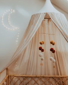 Nursery Room, Girl Nursery, Kids Bedroom, Baby Room, Nursery Decor, Pom Pom Mobile, Baby Kind, Little Girl Rooms, Nursery Inspiration