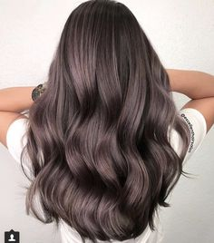 Long Wavy Ash-Brown Balayage - 20 Light Brown Hair Color Ideas for Your New Look - The Trending Hairstyle Brown Hair With Blonde Highlights, Brown Ombre Hair, Light Brown Hair, Brown Hair Colors, Violet Brown Hair, Lavender Hair, Lilac Hair, Pastel Ombre, Brown Hair Cuts