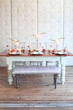 Mint green table {great table!!}   Simple Orchid plant centerpieces