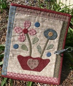 Jo's Project Folder from Gail Pan Designs...lovely design and it looks fun to make!
