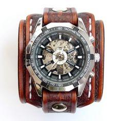 Ancho: 2,36 pulgadas de ancho (6 cm) Material: Cuero Natural Color: Marrón Vintage Tipo de elemento: Pulsera de reloj Reloj: Reloj mecánico automático Ganador (cuerda, ninguna batería necesaria)
