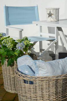 Niebieski pled w gwiazdki. Idealny na piknik http://www.smukke.pl/pl/p/NARZUTA-PLED-GWIAZDKI-NIEBIESKIE/238