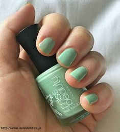 LouLouLand: Miss Beauty Nail Colour - 374 Tiffany - Nails Of The Day