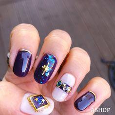 트렌디한 당신을 위한 네일아트 필수앱, 젤라또! Shellac Designs, Nail Polish Designs, Nail Art Designs, Pretty Nail Art, Cute Nail Art, Glitter Manicure, Nail Manicure, Music Nails, Self Nail