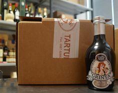 Un abbinamento che a prima vista disorienta: birra e tartufo. Grinta, la prima birra aromatizzata al tartufo riesce a regalare una esplosione di fragranze al naso ma rimane al gusto equilibrata e compatta. http://www.toscanacheproduce.it/tartufi/birra-tartufo.html #birra #tartufo #beer