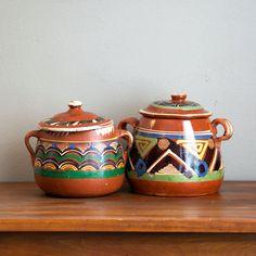 Vintage Mexican Bandera Ware Pottery 1940s via Etsy.