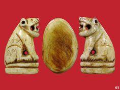 17-1-53 เสือ วัดคลองด่าน เสือหลวงพ่อสาย วัดคลองด่าน เสือหลวงพ่อสายแกะจากกระดูกเสือศิลป์อ้าปากสวยงามมากใต้ฐานมีจารขนาดสูง 3.3 ซ.ม. ท่านเป็นศิษย์ของหลวงพ่อปาน วัดคลองด่าน ( บางเหี้ย ) ได้รับการถ่ายทอดวิชาการเสกเสือจากตำราของหลวงพ่อปานวัดคลองด่าน...  ( ตัวนี้ใช้แทนเสือของหลวงพ่อปานได้เลยครับ )