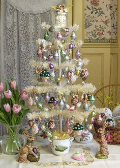 D. Blumchen Easter Tree