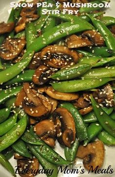 Everyday Mom's Meals: Snow Pea and Mushroom Stir Fry: 8 oz. snow peas, ends trimmed if tough 2 large garlic cloves, minced 2 TBS vegetable oil 2 tsp. Pea Recipes, Stir Fry Recipes, Side Dish Recipes, Vegetable Recipes, Asian Recipes, Vegetarian Recipes, Dinner Recipes, Cooking Recipes, Healthy Recipes