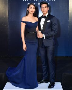 """Khun in Navy blue ombre """"Oberon"""" off-shoulder mermaid line dress Matching Couple Outfits, Matching Couples, Navy Blue Gown, Blue Dresses, Prom Couples, Cute Couples, Thai Princess, Fashion Forever, Blue Ombre"""