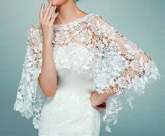 Dieses fabelhafte Spitze vertuschen erstellt eine funkelnde Eleganz für jeden feierlichen Anlass. In weiß oder Elfenbein hergestellt. Kann mit Strass