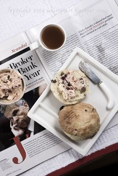 Takie nie wiadomo co. White Plates, Scones, Bread Recipes, Sweet Treats, Stuffed Mushrooms, Food And Drink, Ice Cream, Cookies, Gelato