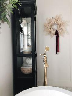 Lake Bathroom, My Christmas List, Sustainable Gifts, Decor Crafts, Home Decor, Seasonal Decor, Candle Sconces, Wall Lights, Interior