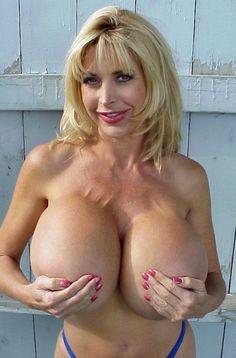 busty natural amateur porn
