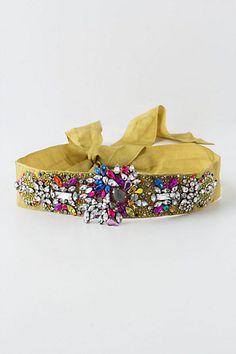 Anthropologie Crystallized Citrine Belt OR even headband. Colorful Fashion, Diy Fashion, Fashion Design, Plain White Dress, White Tunic, Concert Wear, Anthropologie, Embellished Belt, Diy Accessoires