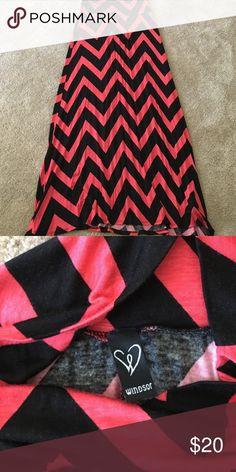 Chevron  maxi skirt. Never worn. No trades WINDSOR Skirts Maxi